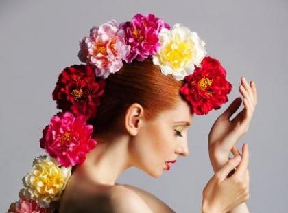 Ziołowe preparaty do koloryzacji włosów - które wybrać