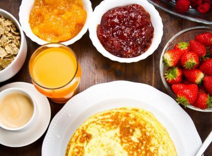 Zjedz śniadanie w AIOLI!
