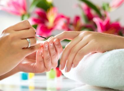 Zmywacze do paznokci – czy aceton jest szkodliwy?