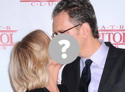 Znana prezenterka całuje się na ściance z mężem