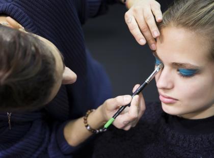 Zobacz 7 tańszych zamienników kultowych kosmetyków