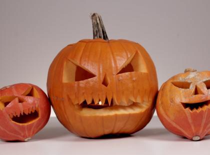 Zobacz, jak zrobić dynię na Halloween!