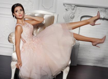 Zobacz, jaka suknia ślubna będzie pasowała do wysokiej i szczupłej panny młodej