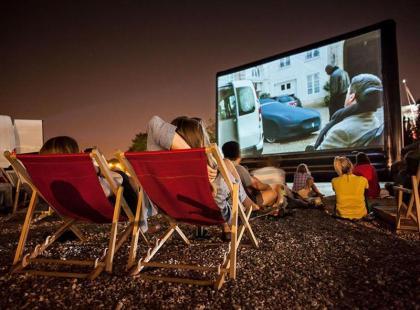 Zobacz relację z premierowego seansu pierwszego w Polsce kina samochodowego!