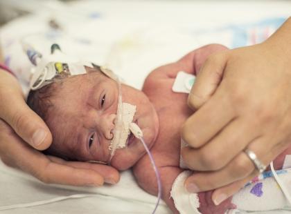 Została okrzyknięta najwcześniejszym wcześniakiem świata. W którym tygodniu ciąży się urodziła i jak udało jej się przeżyć?
