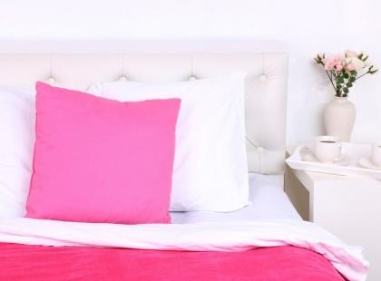 Zrób to sama: farbujemy poszewki na poduszki