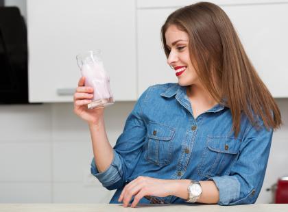 Zrzuć kilka kilogramów w ciągu 5 dni – bez efektów ubocznych! Przetestuj dietę kefirową!