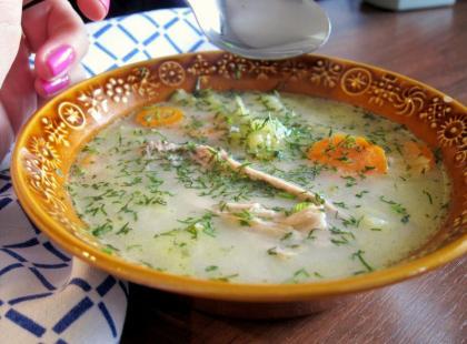 Zupa ogórkowa - Kasia gotuje z Polki.pl
