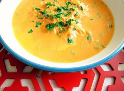 Zupa pomidorowa na mleku kokosowym - Kasia gotuje z Polki.pl [video]