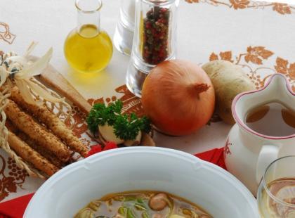 Zupa senegalska z zielonych jabłek