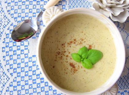 Zupa serowa z grillowanymi brokułami - Kasia gotuje z Polki.pl