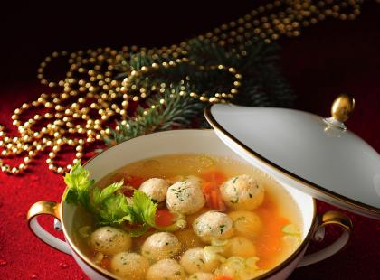 Zupa z klopsikami rybnymi