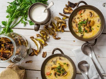 Zupy grzybowe na każdą pogodę