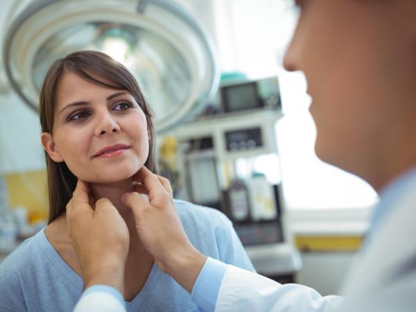 Hashimoto – podstępna choroba, która pojawia się nie tylko u kobiet