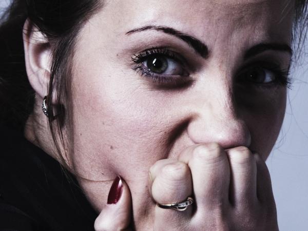 Lekceważysz je, a niszczą cię od środka. Poznaj 10 objawów świadczących o tym, że nie panujesz nad stresem