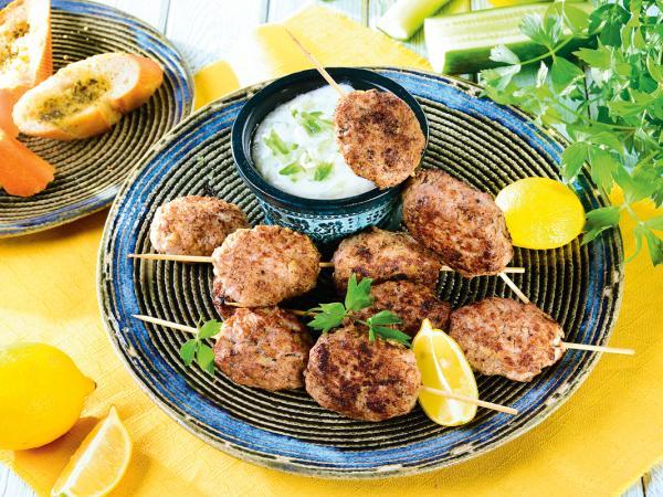 Szaszłyki bałkańskie z grilla