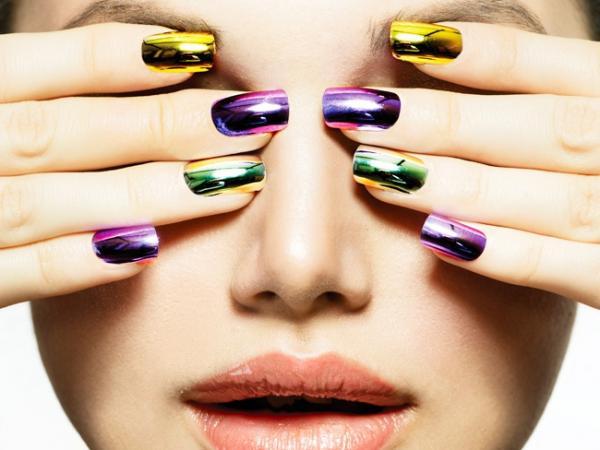 To świadczy o chorobie! 6 objawów zmian na paznokciach