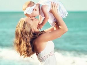 10 rad, jak dbać o skórę dziecka latem