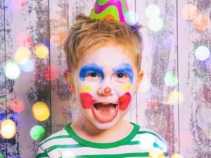 10 rad, jak zorganizować imprezę karnawałową dla dziecka