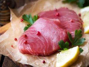 3 sposoby jak nie wysuszyć ryby, aby cieszyć się doskonałym stekiem z tuńczyka!