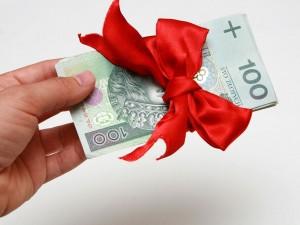 300 zł dla każdego ucznia i program Mama Plus - premier Morawiecki obiecuje!