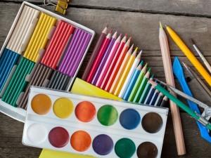 5 najlepszych propozycji zabaw plastycznych dla dziecka