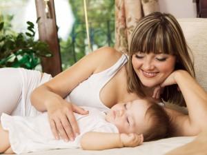5 sposobów by maluch spał na powietrzu