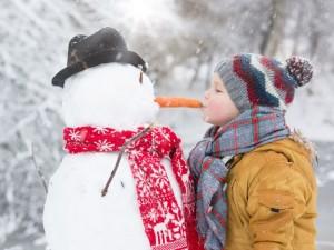 6 pomysłów na zimową zabawę z dzieckiem