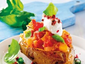7 pomysłów na pieczone ziemniaki, które sprawią, że zapomnisz o frytkach!