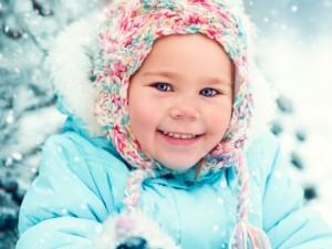 9 zasad zimowego spaceru z maluchem