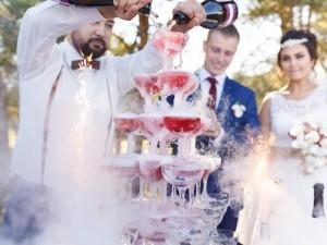 barman na weselu.jpg