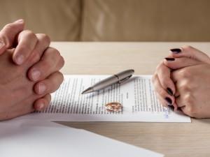 Będzie finansowa kara za... rozwód?! Kontrowersyjna ustawa - eksperci biją na alarm
