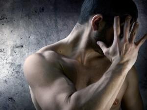 Bici mężczyźni – milczące ofiary kobiet
