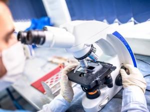 Boisz się kolonoskopii? Badanie kalprotektyny pozwala jej uniknąć!