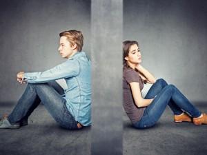 Chcesz zakończyć swoje małżeństwo? Musisz złożyć pozew o rozwód. Co trzeba wiedzieć na ten temat?