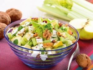 Chrupiący i dietetyczny - sprawdź przepisy na dania z selerem naciowym