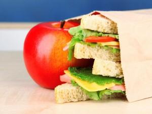 Co dać dziecku na drugie śniadanie do szkoły?