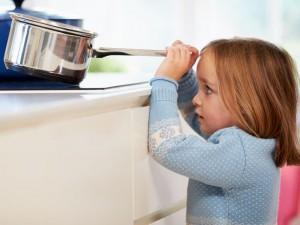 Co robić, gdy dziecko się poparzy?