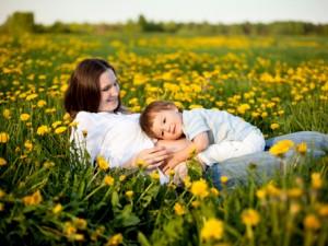Co robić, gdy dziecko zostanie ugryzione przez pszczołę?
