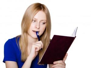 Co to jest integracja tekstu i jak wpływa na szybkie czytanie?