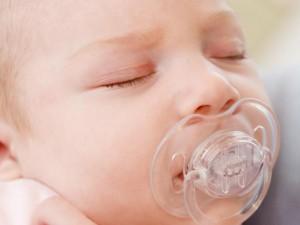 Cofnięta żuchwa u noworodka