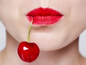 Czy jedzenie czereśni w ciąży naprawdę uczula?