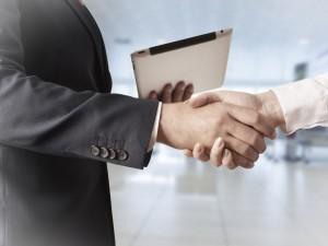 Czy pracodawca może rozwiązać umowę, która dopiero została zawarta?