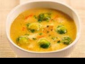Czy wiesz jak przygotować kolorową zupę pszenną z kurczakiem?