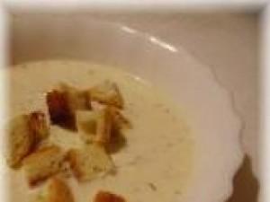 Czy wiesz jak przygotować zupę serową?