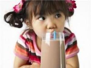 Czy wiesz jak ugasić pragnienie u dzieci?