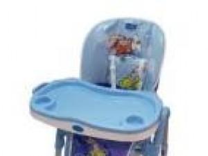 Czy wiesz jak zachować bezpieczeństwo dziecka na wysokim krześle do karmienia?