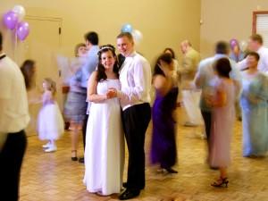 Których zabaw weselnych lepiej unikać, jeżeli chcecie, aby Wasze wesele zostało zapamiętane jako impreza z klasą?, fot.sxc.hu