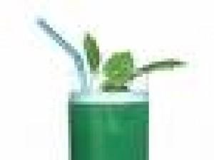 Czy wiesz jak zrobić drink Green Parrot?