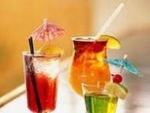 Czy wiesz jak zrobić drink Lot Sokoła?